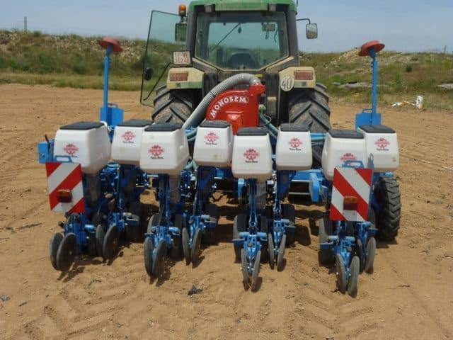 Un mejor desarrollo del cultivo del maíz con la nueva sembradora Monosem Twin-Row Sync Row