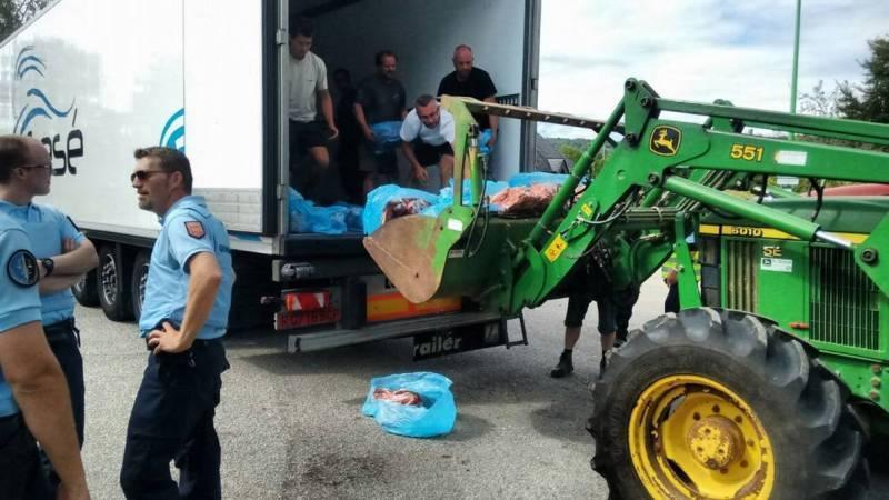 Las OPAs condenan el ataque a un camión español de carne de porcino por ganaderos franceses