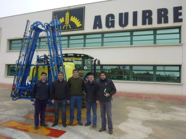 El pulverizador hidráulico suspendido Aguirre 2000 L, todas las prestaciones y una cómoda regulación