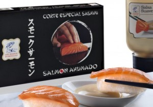 Ahumados Domínguez presenta el Sashimi Premium