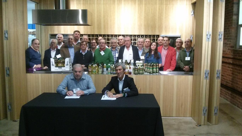 Alianza del Grupo Dcoop y Pompeian para liderar el mercado mundial de aceite de oliva