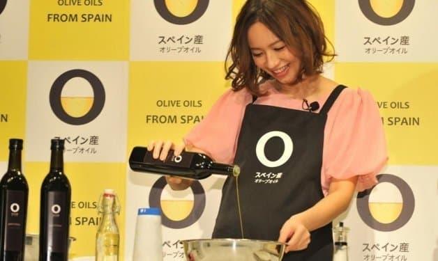 Un 54% del aceite de oliva vendido en Japón habla español