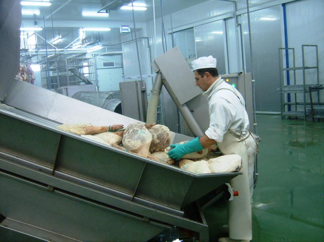 Cupos de importación de carne de porcino y cereales de Ucrania