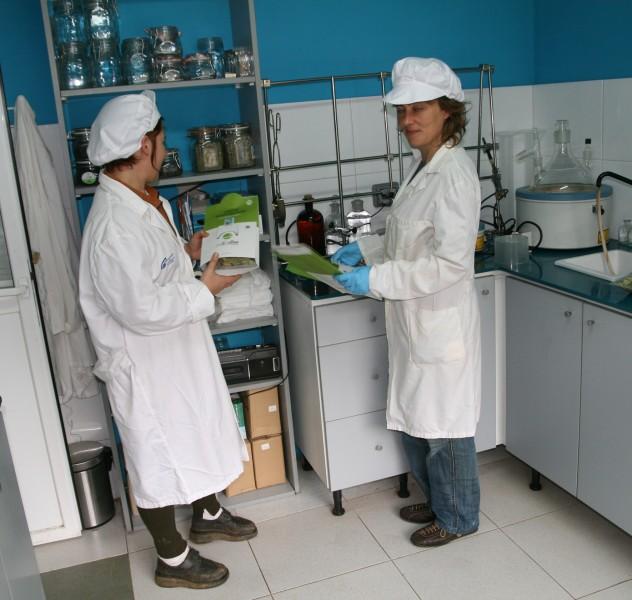 laboratorio ciencia industria