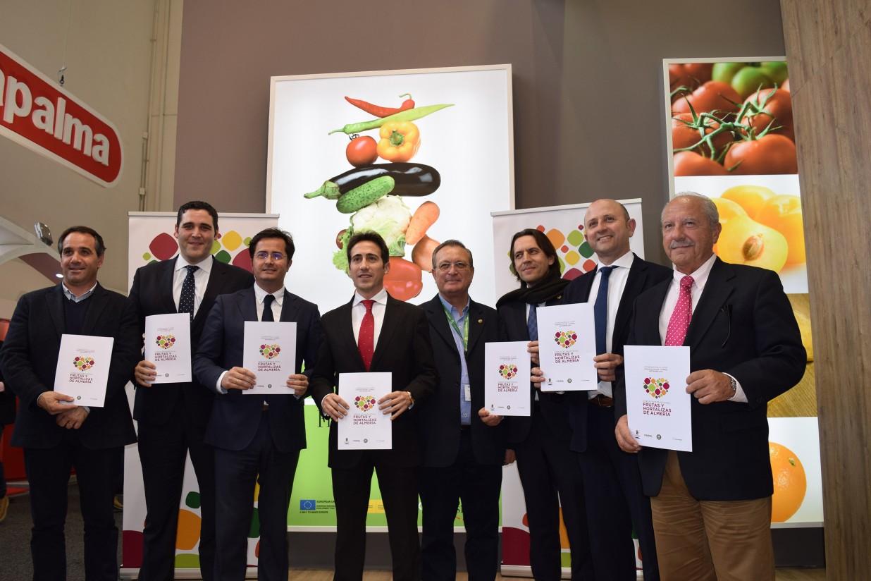 El I Fórum Internacional de Frutas y Hortalizas de Almería se presenta en Fruit Logistica