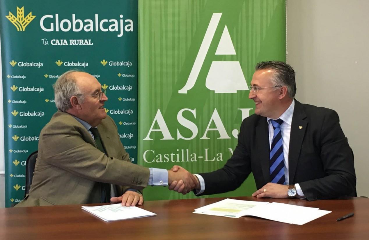 Globalcaja y Asaja Castilla-La Mancha apuestan por la dinamización del sector agrario
