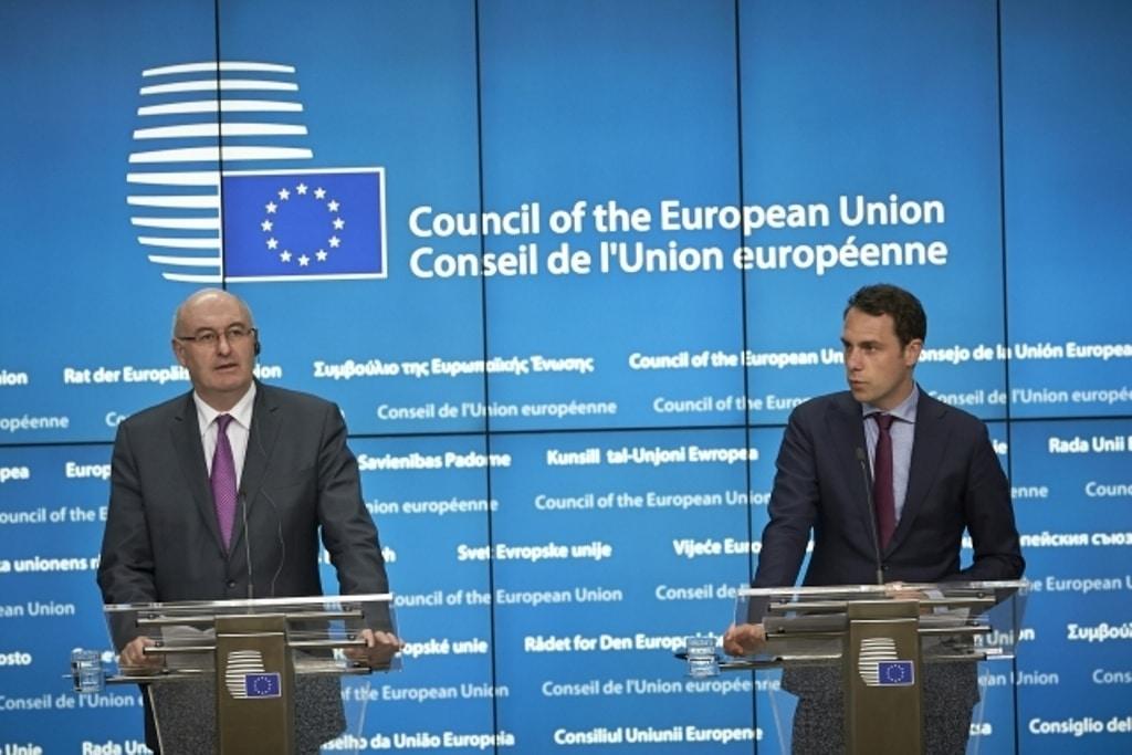 Bruselas no tiene prisa en adoptar nuevas medidas urgentes para los sectores agrícolas en crisis