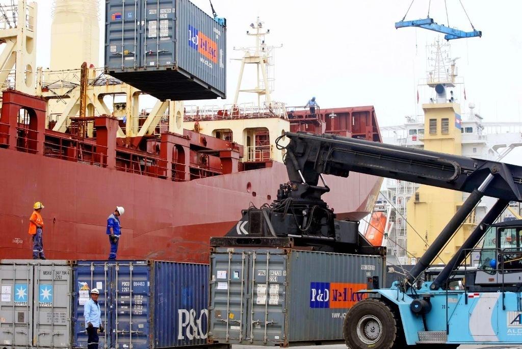 El superávit del comercio exterior de alimentos rebasó los 5.300 M€ de enero a mayo