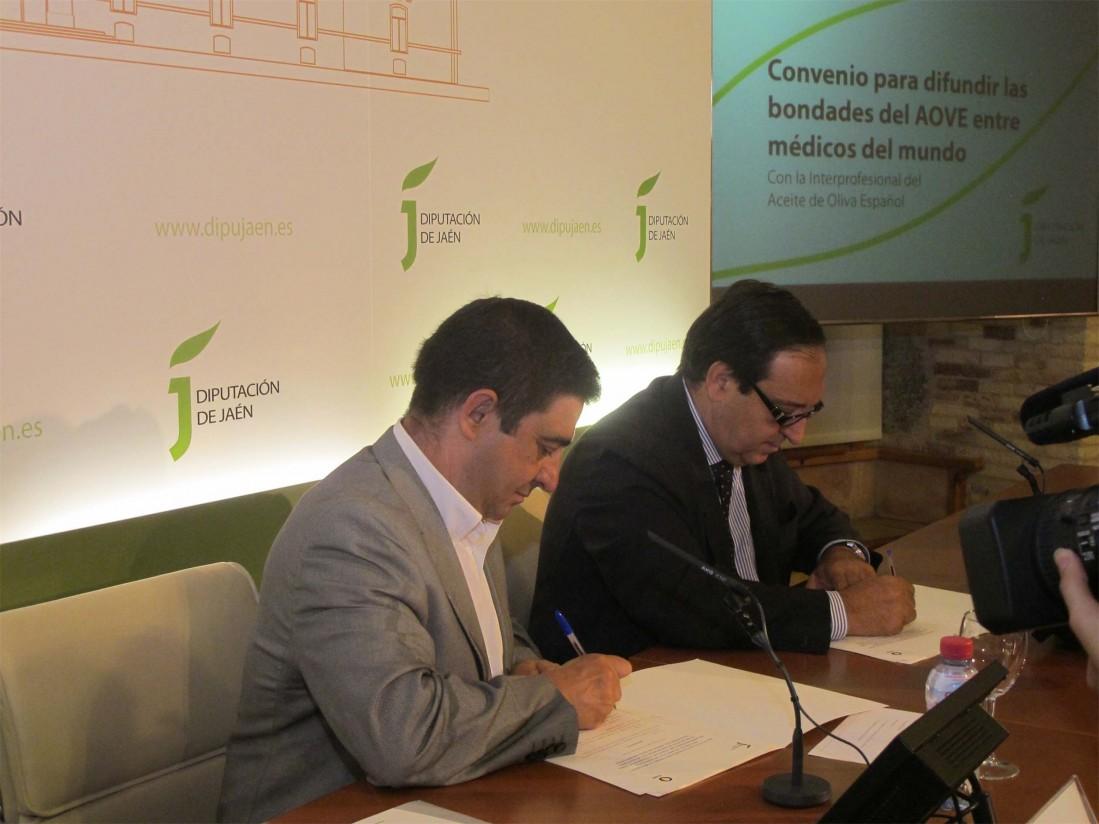 La Interprofesional y la Diputación de Jaén difundirán las bondades saludables del aceite de oliva