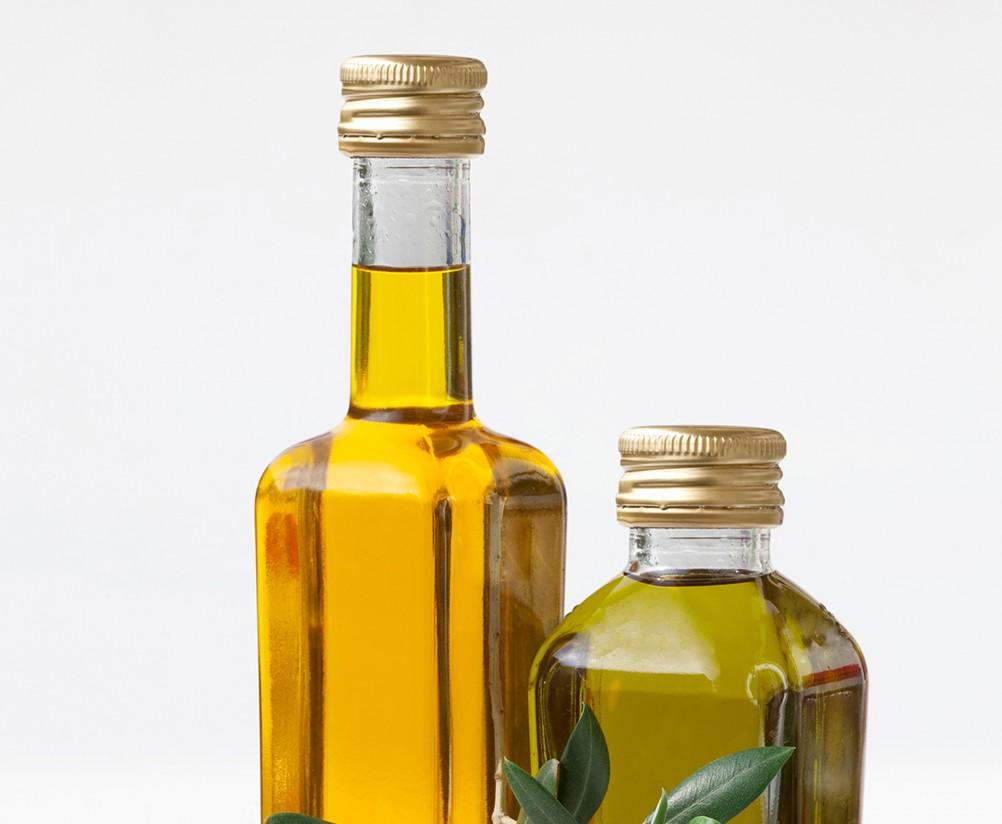 Envasadoras y exportadoras de aceite de oliva recomiendan a sus socios que incrementen el control en las compras