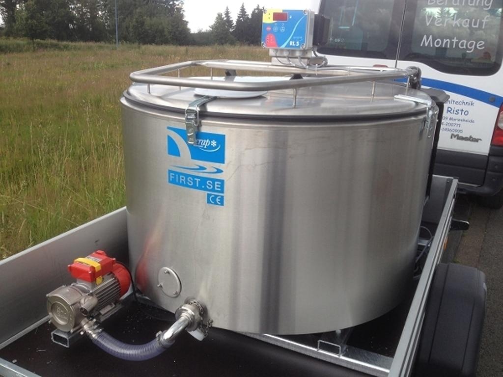 El Mapama prepara un RD sobre la autorización y actividad de los primeros compradores de leche de vaca