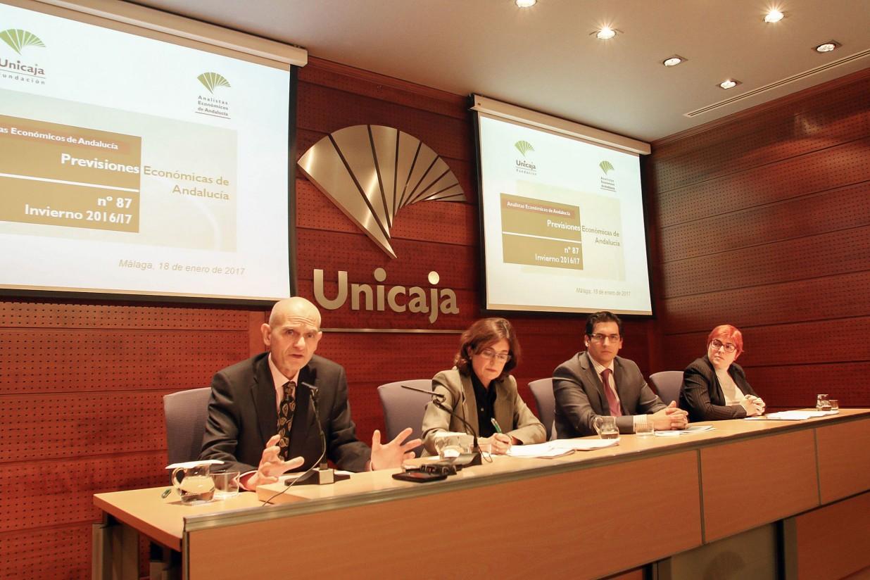 La economía andaluza crecerá un 2,4% en 2017, según Analistas Económicos de Andalucía