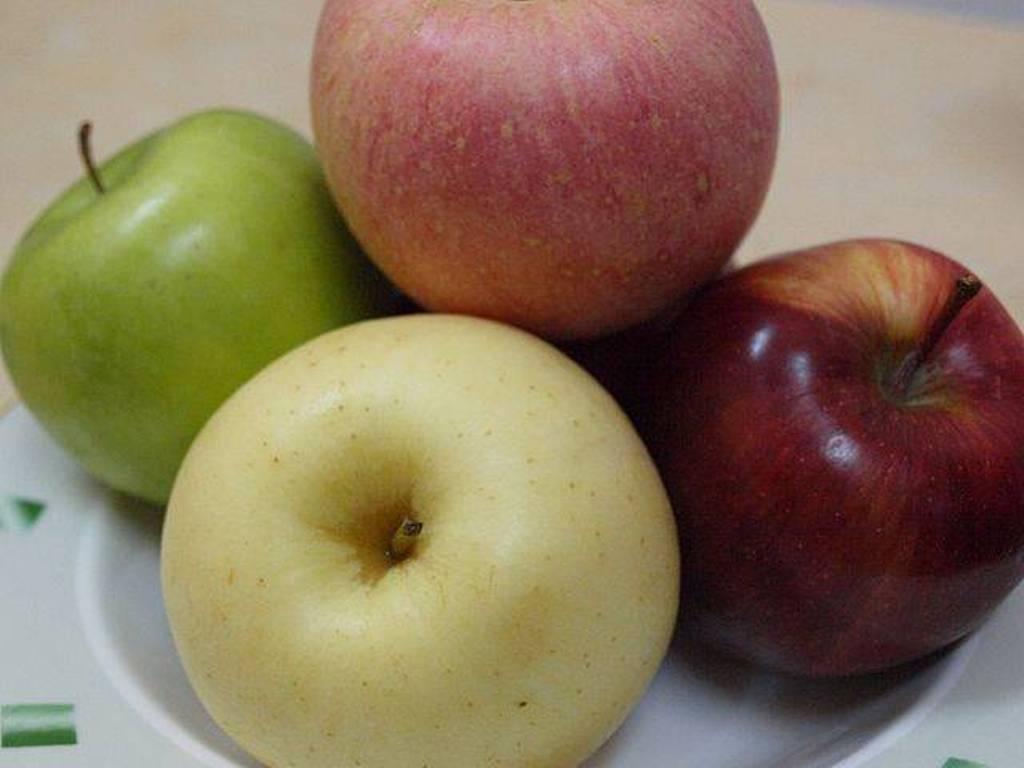 Ajuste a la baja de las producciones nacionales de manzana y pera en 2016/17