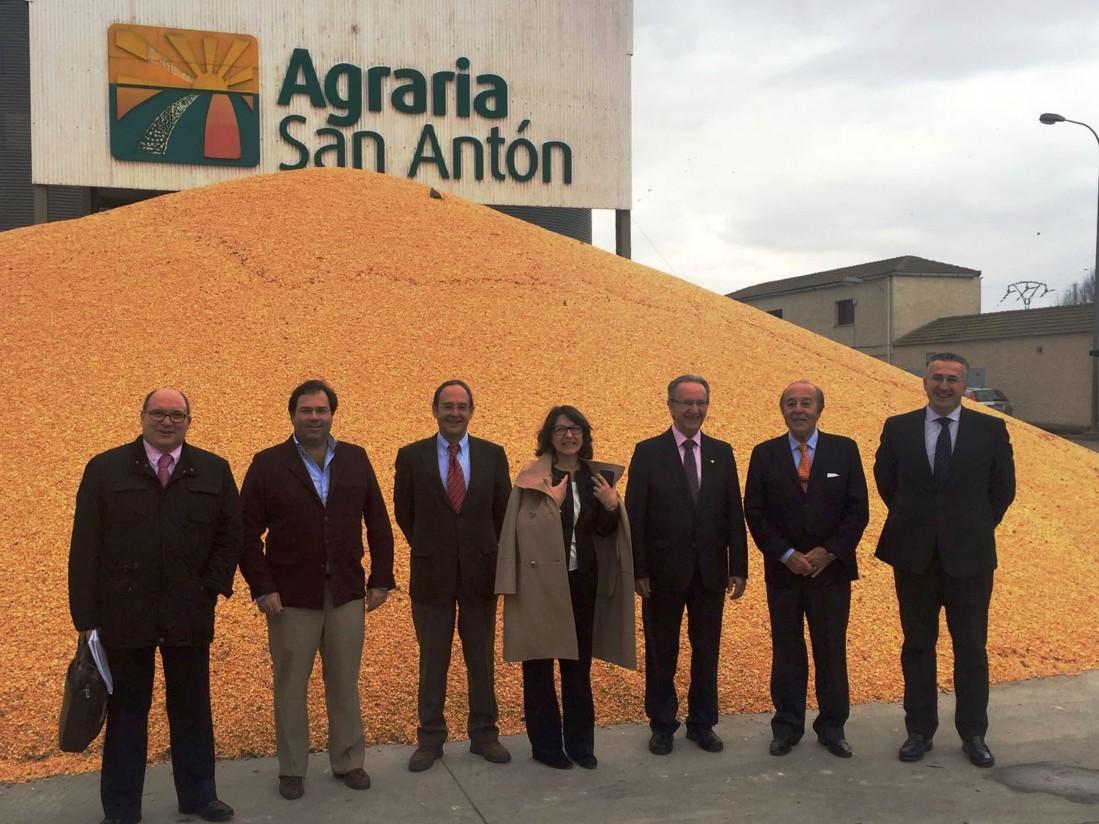 Globalcaja renueva su convenio con la cooperativa agraria San Antón