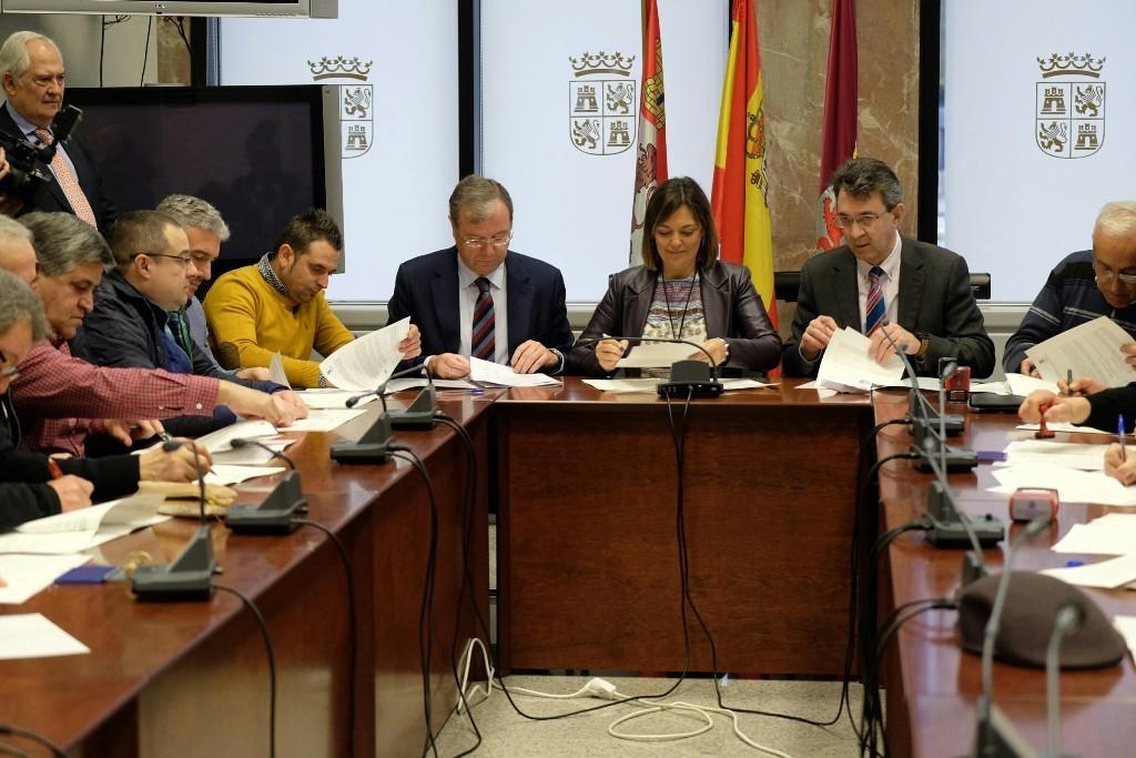 Cesión de 600 ha de masas comunes a 35 ayuntamientos de León para jóvenes y mujeres