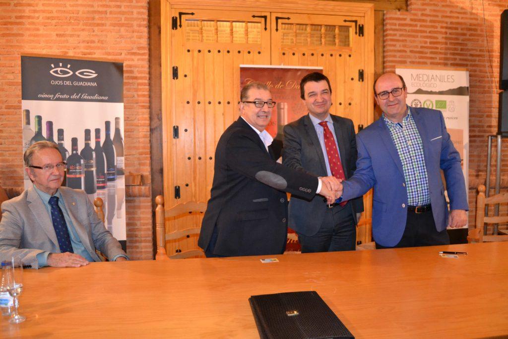El nuevo Grupo Cooperativo de 2º grado, Vidasol, prevé comercializar 1 Mhl  de vino y facturar en torno a 35 M€