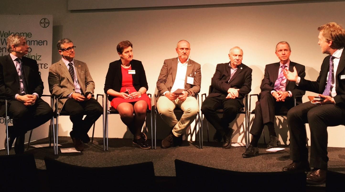 Bayer apuesta por la asociación de las partes de la cadena alimentaria para responder a las necesidades de los consumidores