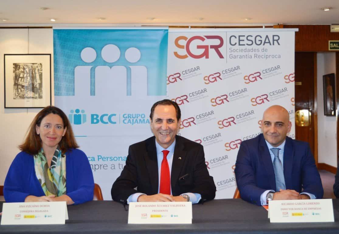 Convenio entre las SGR, Grupo Cooperativo Cajamar y Mineco para llevar financiación a más de 3.000 empresas