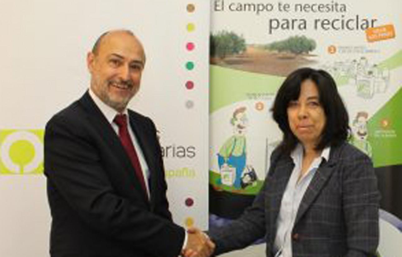 Cooperativas aumenta en un 10% su recogida de envases agrarios de Sigfito