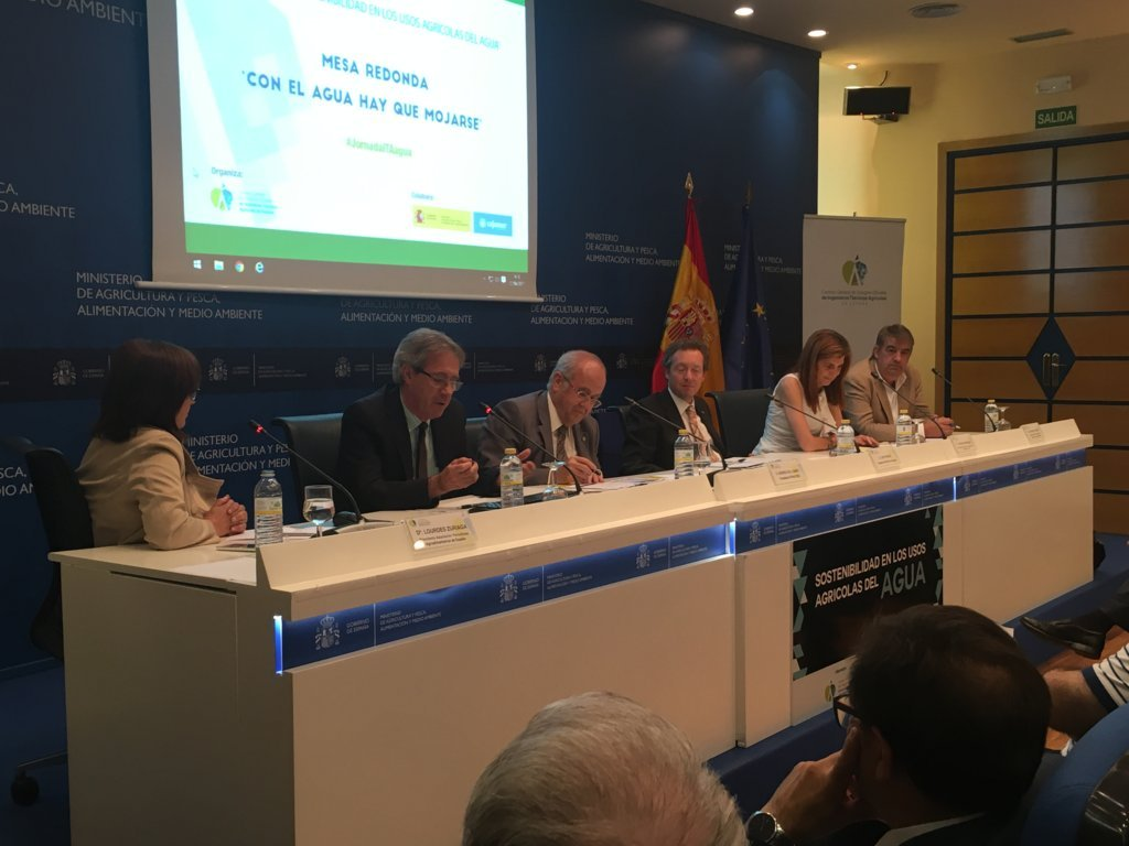 Gobierno y expertos advierten que la agricultura española será de regadío o no será