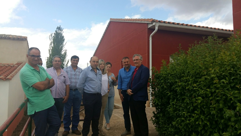 Olona destaca la importancia de despertar el interés por la agricultura en edad escolar