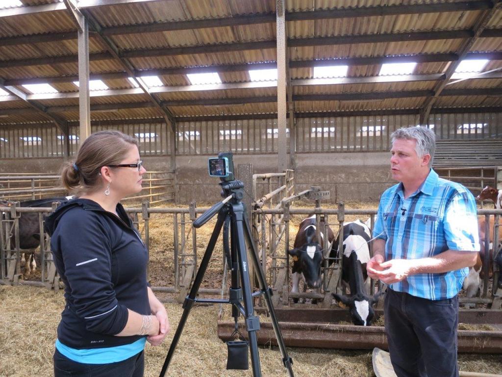 Los ganaderos europeos empiezan a dotar a sus explotaciones de plantas de energía renovable