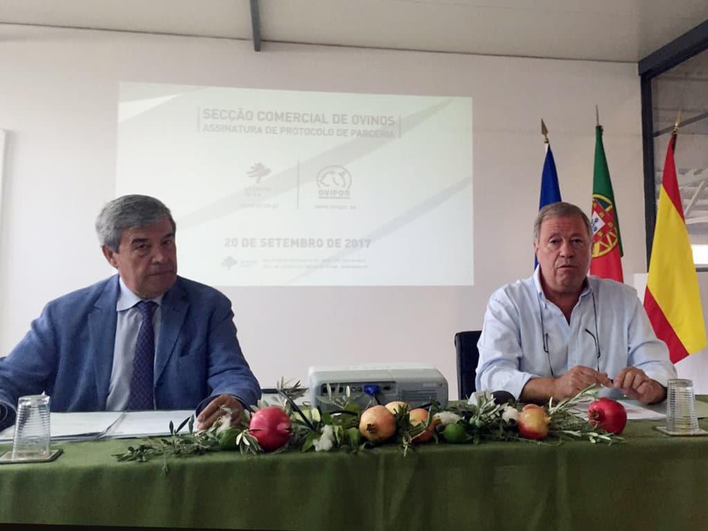 Acuerdo de colaboración entre la cooperativa ganadera onubense Ovipor y la lusa ACOS