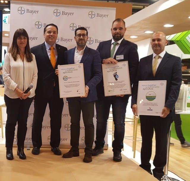 Bayer reconoce la contribución a la agricultura sostenible de Fontestad, Verdcamp Fruits y Altos de Torona