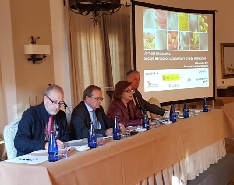 Agroseguro presenta las novedades en las líneas de herbáceos extensivos y uva de vinificación