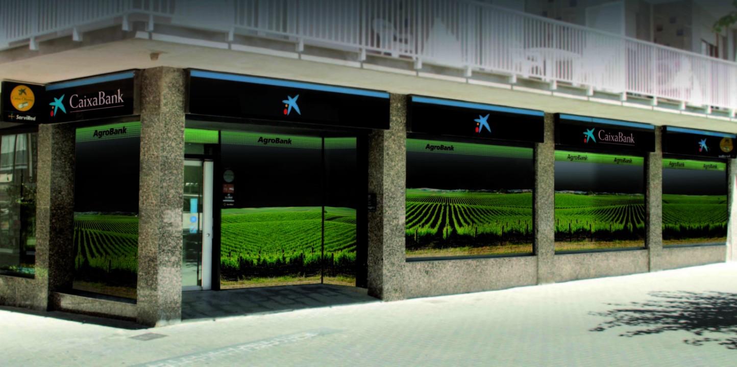 El volumen de negocio de AgroBank roza los 18.000 millones de euros en su tercer año de vida
