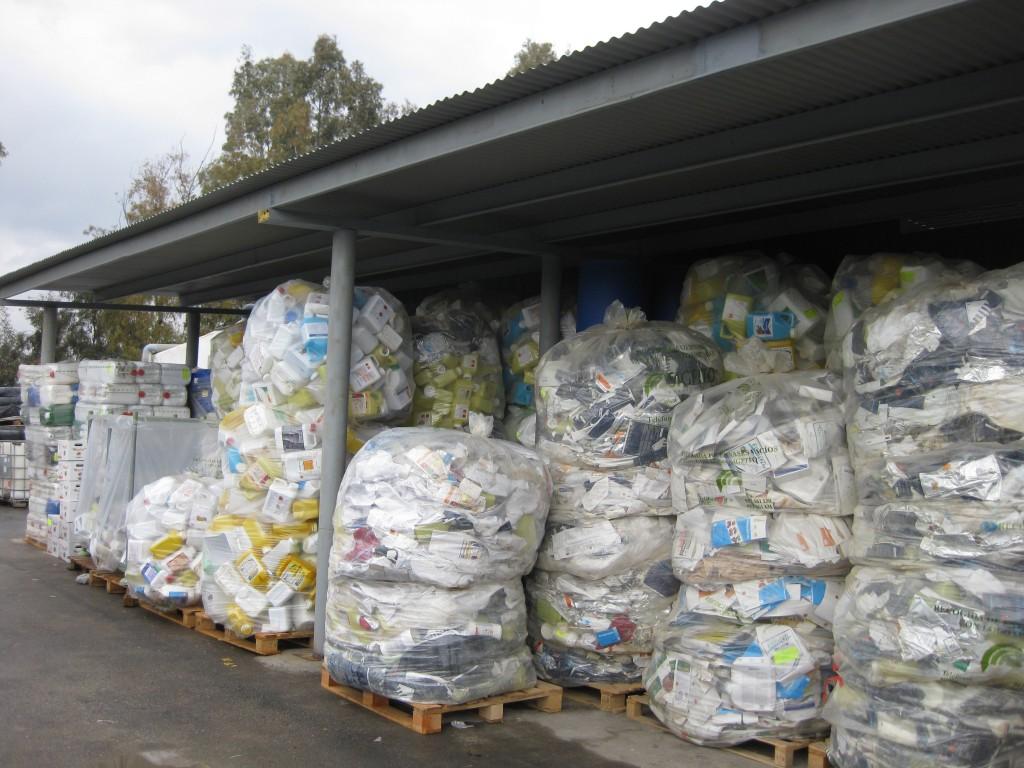 Todos los envases agrarios deberán ser reciclados a través de sistemas de recogida antes de 2025