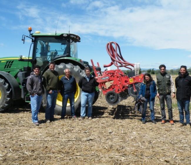 Kultistrip 4500 F de Kverneland, para el trabajo del suelo en la línea de siembra