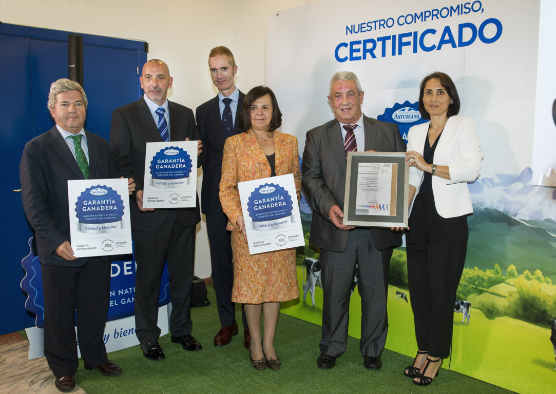 Central Lechera Asturiana presenta su sello «Garantía Ganadera»