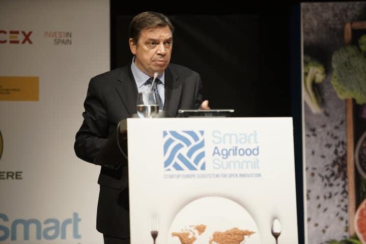 Planas destaca la transformación digital del sector en la inauguración de Smart Agrifood Summit