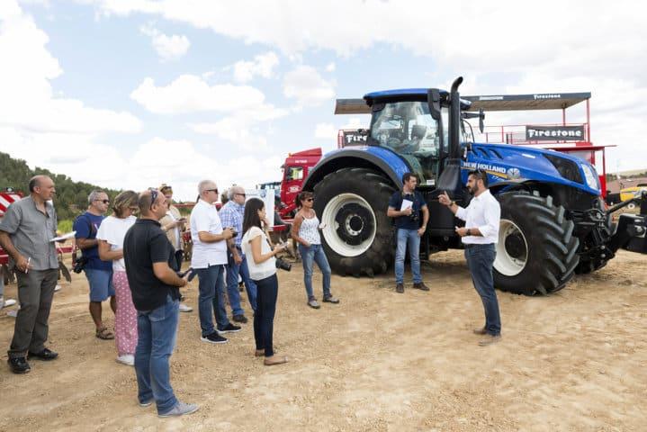 Bridgestone presenta su nuevo  neumático agrícola premium VX-Tractor