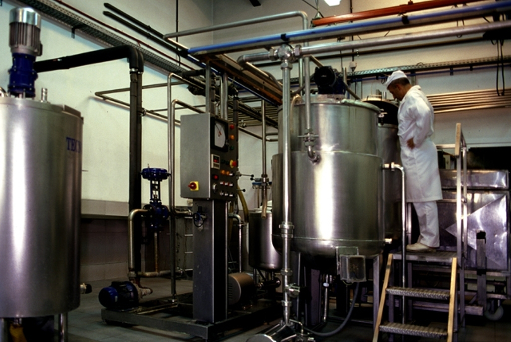 Ultimátum a las industrias lácteas: la leche en origen tiene que subir para salvar a los ganaderos