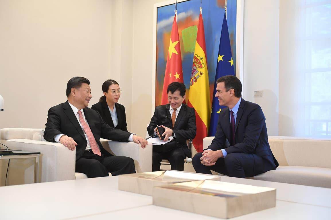 Firmados dos protocolos para facilitar la exportación de carnes de porcino y uva de mesa a China
