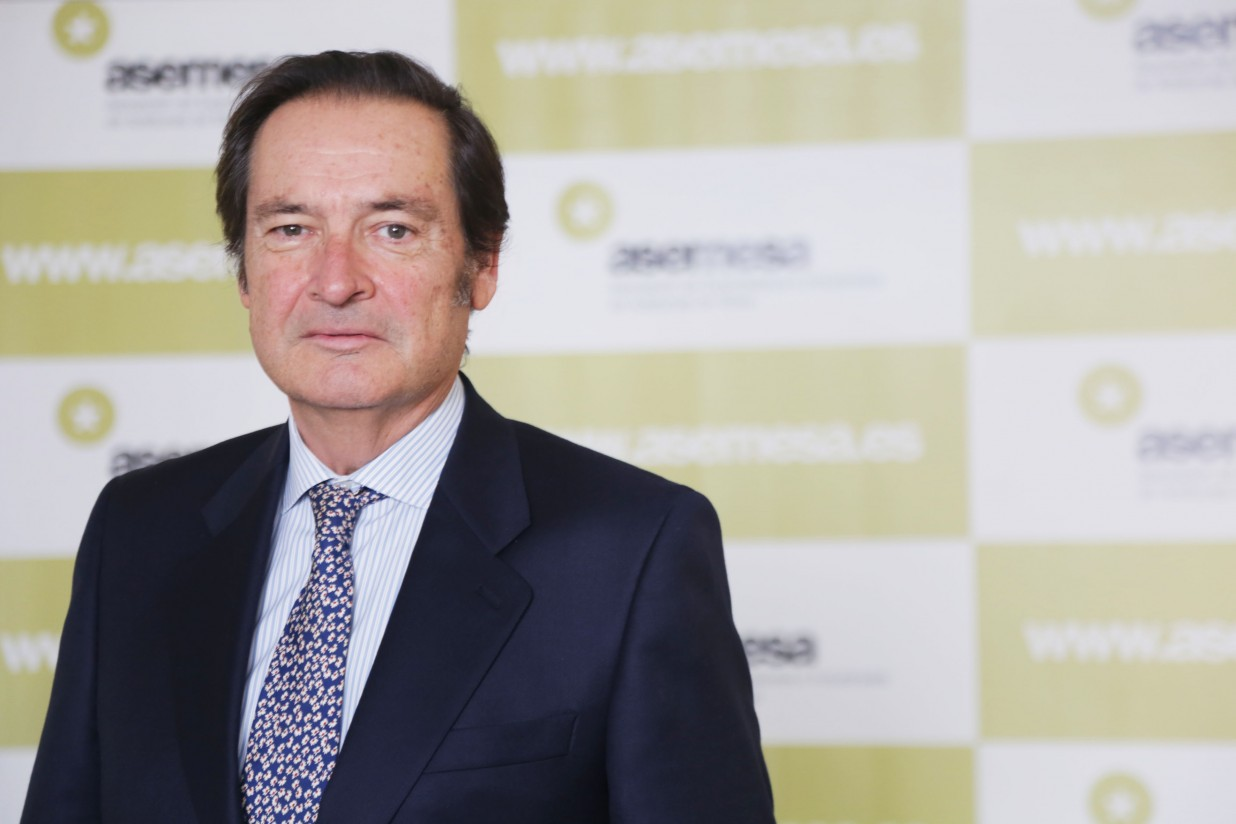 Carlos Camacho dimite como presidente de Asemesa