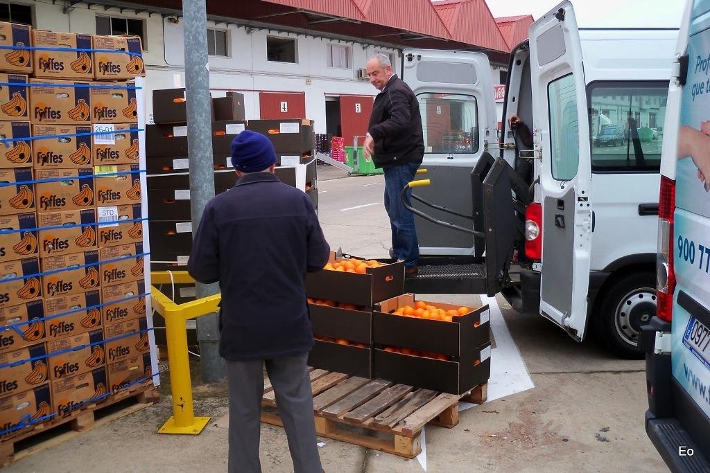 El FEGA inicia el procedimiento de retirada de 50.000 t de cítricos frescos para zumo