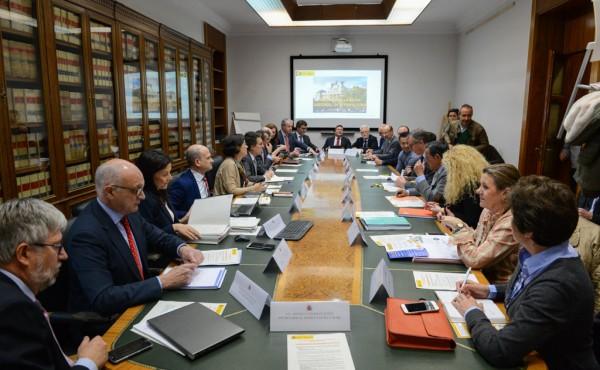 El MAPA presenta un paquete de 16 medidas para paliar la crisis citrícola y revitalizar el mercado