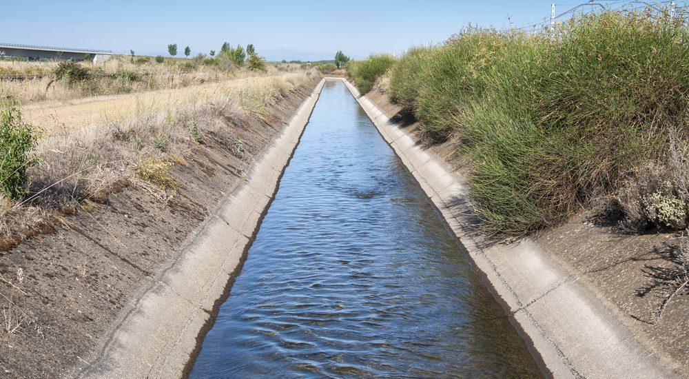 Los regantes rechazan de plano una subida del precio del agua como pretexto para una mayor eficiencia