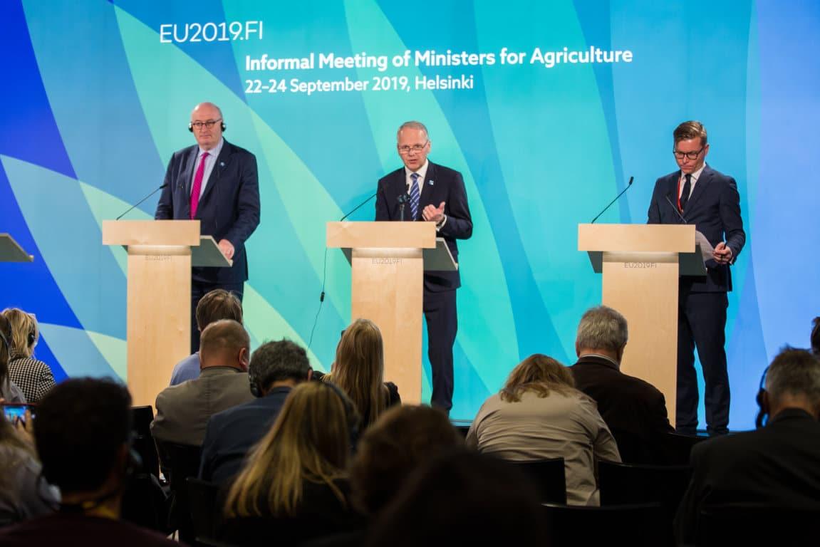 Los ministros de la UE quieren una PAC que compense a la actividad agraria por el secuestro de carbono