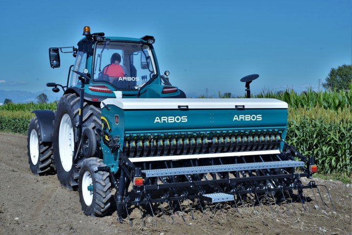 Arbos presenta su línea de sembradoras de cereal