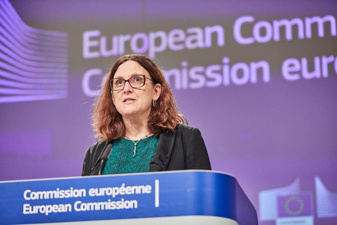 Malmström:  «Trump no nos deja otra alternativa que responder con nuestros propios aranceles»