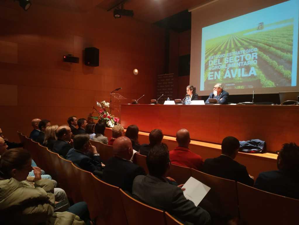 La asociación de empresas AvilAgro realiza el primer estudio agroalimentario de Ávila