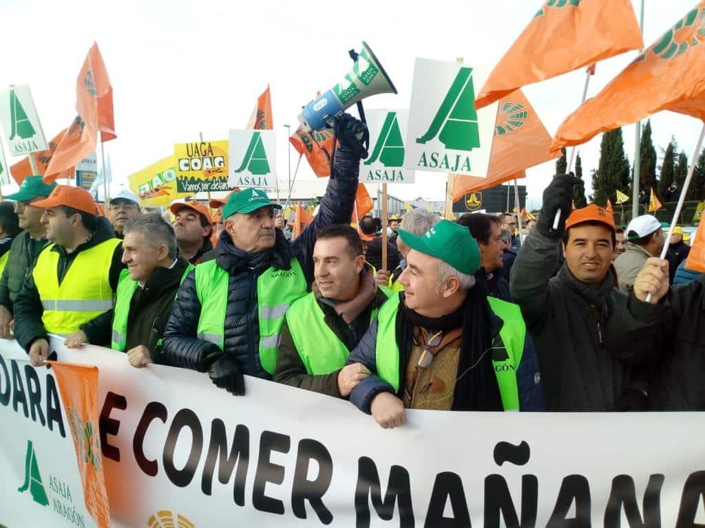 UPA denuncia que el grupo DIA se ríe de los #AgricultoresAlLímite en plenas protestas agrarias