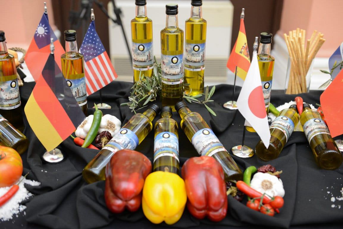 El consumo mundial de aceite de oliva repuntará un 6,4% acercándose a 3,1 Mt en 2019/20