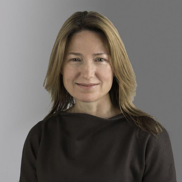 Suzanne Heywood sustituye a Hubertus Mühlhäuser al frente de CNH Industrial