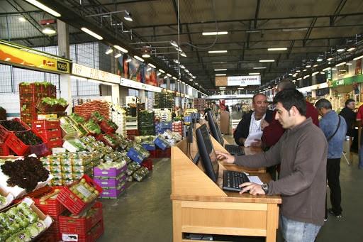 Las frutas frescas subieron sus precios un 4,2% en la cesta de la compra de febrero
