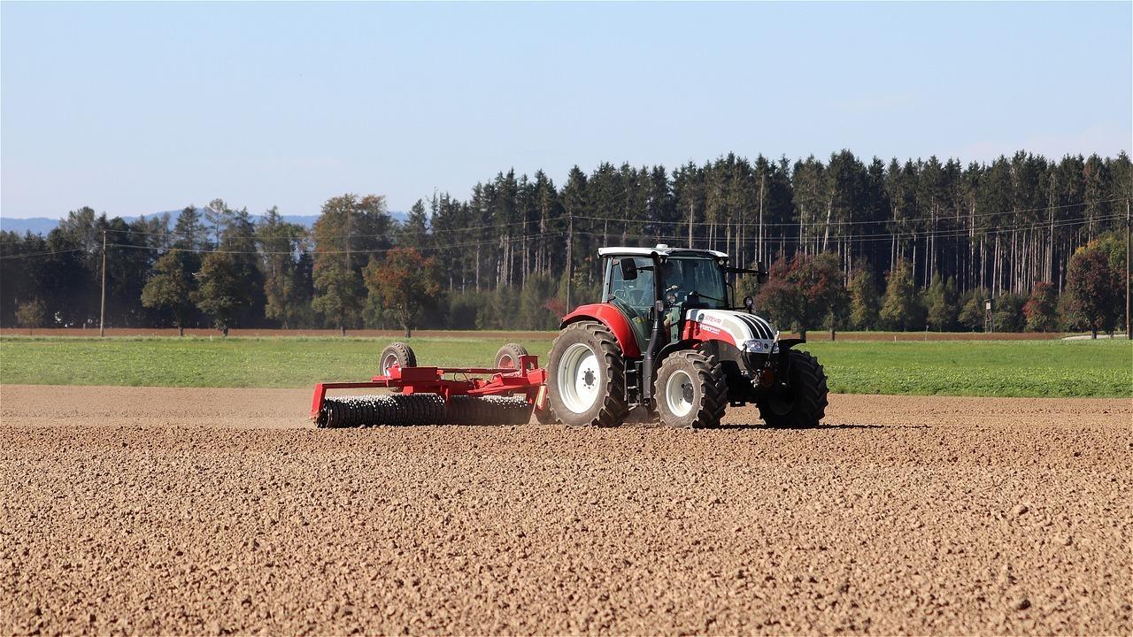 Aprobado RD para caracterizar la maquinaria agrícola y regular las condiciones básicas para su registro oficial